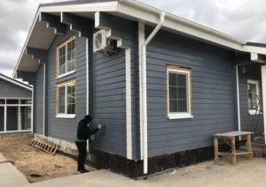 Как правильно покрасить деревянный дом своими руками