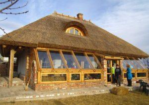 Дом из глины: особенности строительства