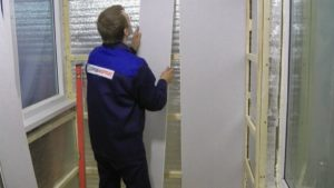Отделка стен пластиковыми панелями своими руками