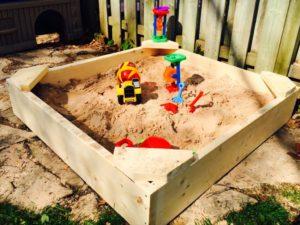 Детская песочница для дачи своими руками