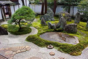 Японский сад камней: философия и устройство