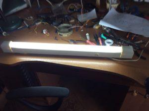 Как отремонтировать люминесцентную лампу?