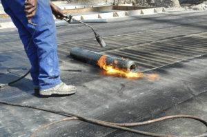 Как отремонтировать крышу из рубероида