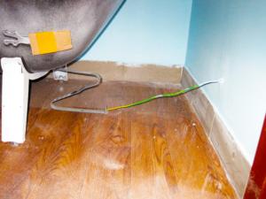 Есть ли необходимость заземлять стальную раковину на кухне?