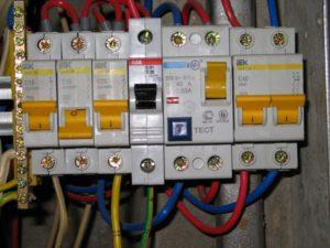 Правильная замена автоматических выключателей в щитке