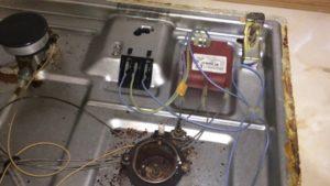 Что делать, если не работает электроподжиг на газовой плите?