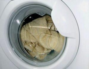 Может ли стиральная машинка остановить стирку из за перепадов напряжения?