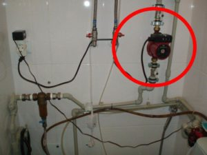 Как повысить давление воды в доме своими руками