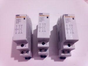 Какой модульный контактор выбрать для электрокотла на 2 кВт?