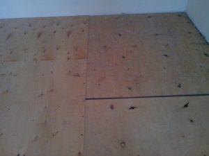 ДВП на деревянный пол: особенности монтажа