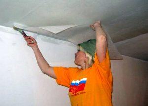 Стеклохолст на потолок: особенности монтажа