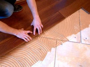 Укладка массивной доски: пошаговая инструкция