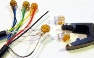 Как использовать скотчлоки для соединения проводов