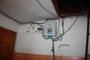 Перенос счетчика электроэнергии на другую стену в доме