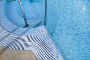 Плитка для бассейна: выбор, характеристика, достоинства, процедура отделки