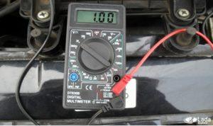 При проверке саморегулирующегося кабеля показывает короткое замыкание