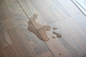 Устранение вздутия отдельных фрагментов ламината своими руками