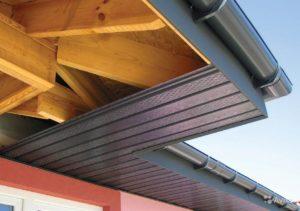Как подшить крышу софитом