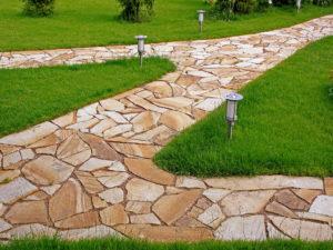 Садовые дорожки из природного камня своими руками