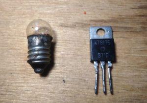 Как возможен транзистор с двумя ножками?