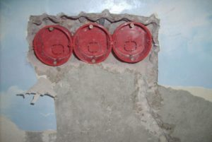 Как установить блок розеток в стене – инструкция от А до Я
