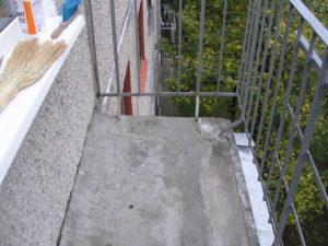 Делаем открытый балкон своими руками