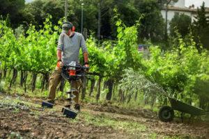 Бензобур для земляных работ: особенности выбора и применения