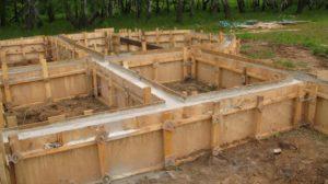 Какой фундамент выбрать под деревянный дом