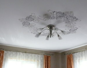Как выбрать тканевые натяжные потолки
