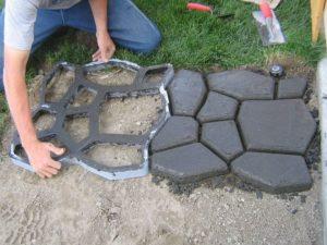 Форма для садовой дорожки своими руками