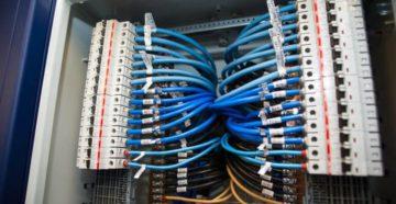 Как правильно маркировать провода в электрощите