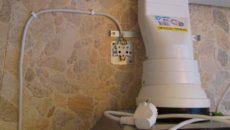 Особенности подключения кухонной вытяжки к электросети